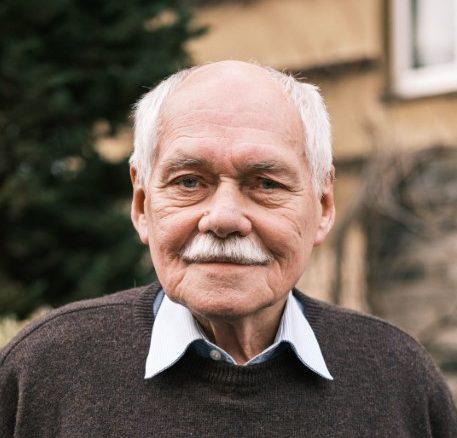 prof. Bedřich Moldan